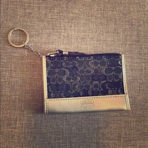 Coach Signature Small Coin Purse Keychain wallet